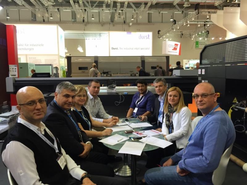 ARED, FESPA 2015'te Türkiye'den Katılımcı ve Ziyaretçilerle Bir Araya Geldi