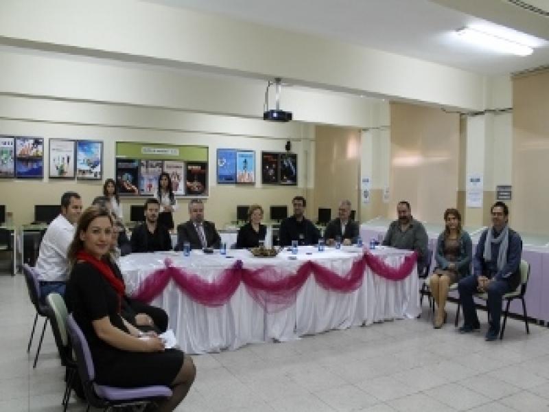 İzmir Ali Osman Konakçı Kız Teknik ve Meslek Lisesi'nde Danışma Kurulu Toplantısı Gerçekleştirildi